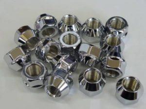 ホイールナット ツバ付 メッキ 貫通 19mm P1.25 16個セット