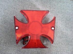 クロスチョッパーテールランプ 赤   アメリカンバイクなどに  アイアンクロス ビンテージ