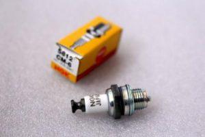 NGK CM6 スパークプラグ 日本特殊陶業 5812 とっても小さい ラジコンに